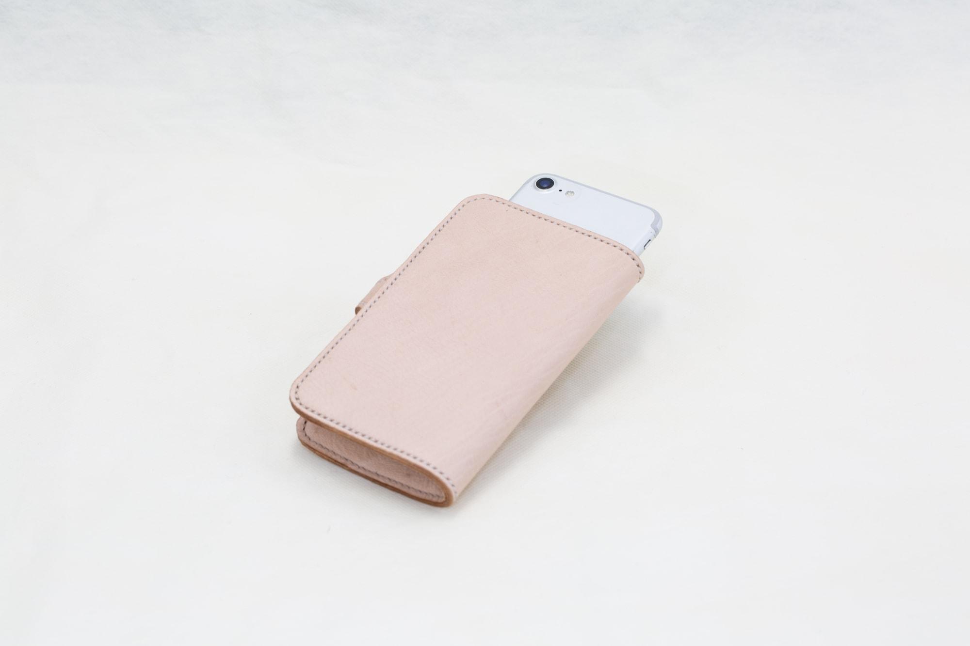 鹿革製品 朱華(はねず) 貴鹿 スマートフォンケース